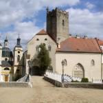Zámecká kaple při vchodu na zámek